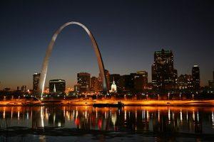 Healthcare job market in St. Louis, MO